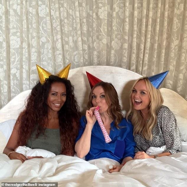 Wieder zusammenkommen: Geri sagte, dass sie die Bandkollegen Mel (links), Emma Bunton (rechts), Mel C und Victoria Beckham liebte