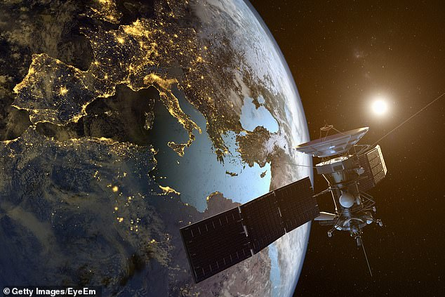 Amazon Acquires Facebook's ENTIRE Internet Satellite Team To Boost Its  Project Kuiper - Todayuknews