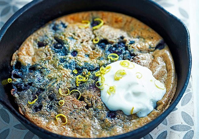 Blueberry oven-baked pancake: 329 calories per serving
