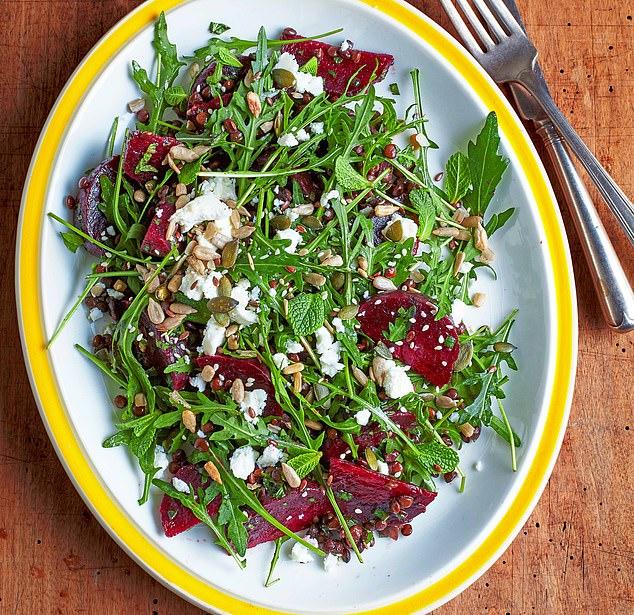 Beetroot, lentil and feta salad with mint dressing: 384 calories per serving