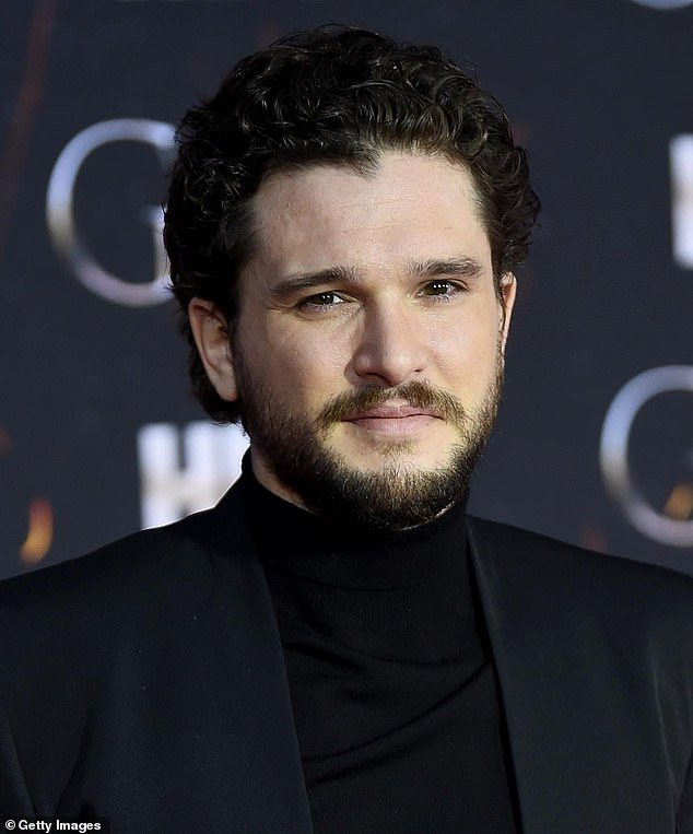 """Traversy: Game of Thrones fans brought Twitter to express their anger at the sudden change in the actor - with one who even wielded his clean, shaven look and a """"total parody"""""""