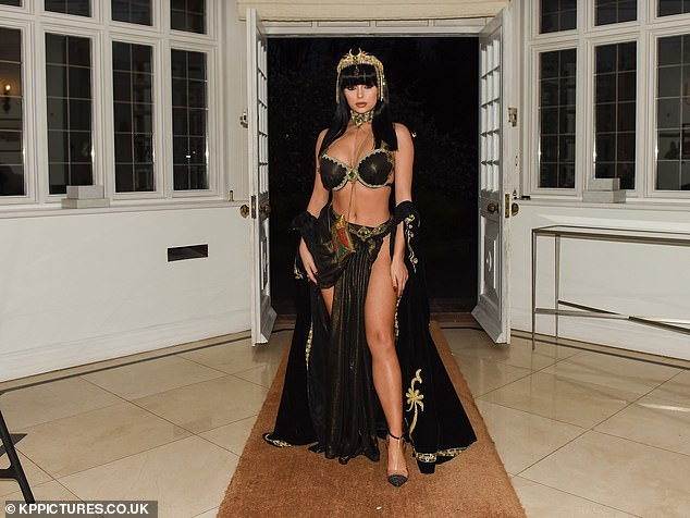 Hot stuff: Demi looked nothing short of sensational in her sizzling ensemble