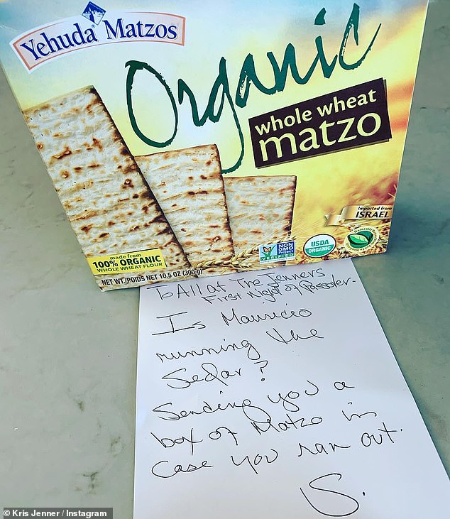 Last minute save: & # 39; If your beast rescues the night and sends a box of matzo, @ mumansky18 can teach us how to do it !! Thank you @ shellibird1 I love you #happypassover #love #family #memories & # 39 ;, wrote Kris
