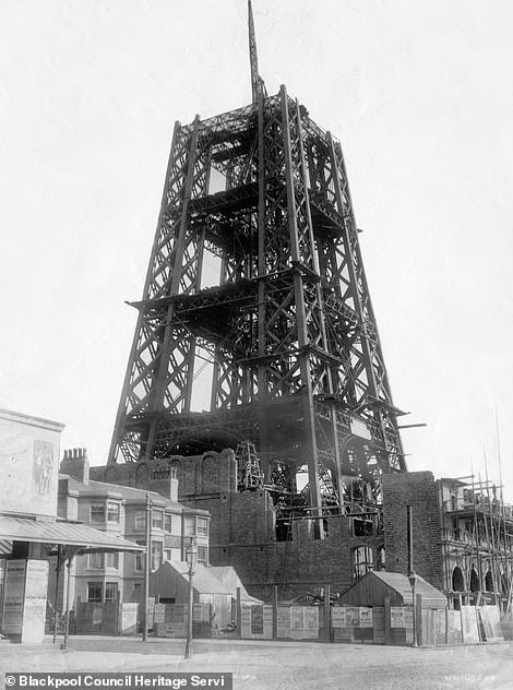 The beginnings of the tower in 1893