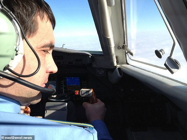 The investigation tries to find out which of the two pilots carried out the maneuver that cost 41 lives. Pictured: co-driver Maxim Kuznetsov