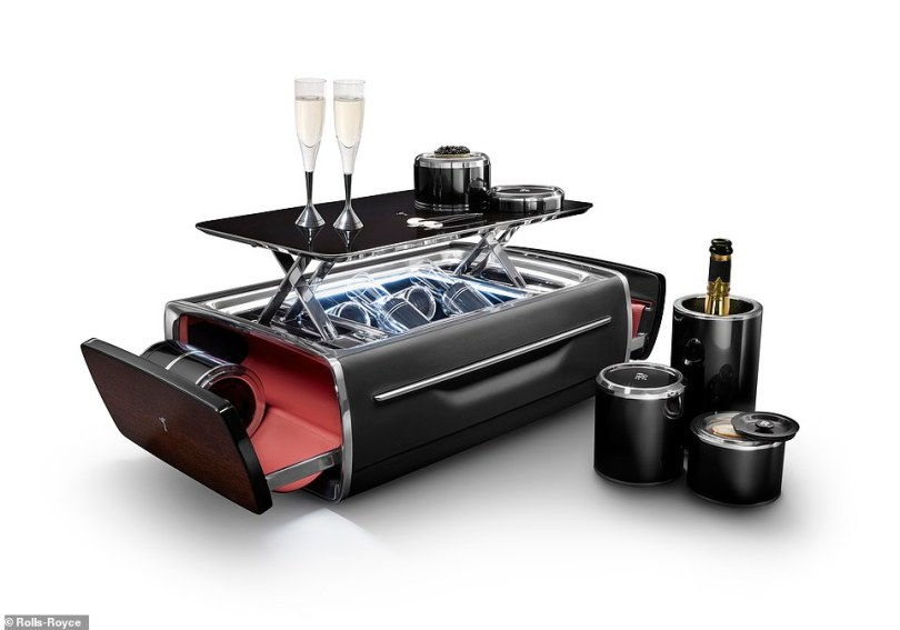 While one of the thermal cases can be used to store the bubbly, the other can be configurated into a caviar dispenser, including a 30g tin of fish eggs and special serving spoons