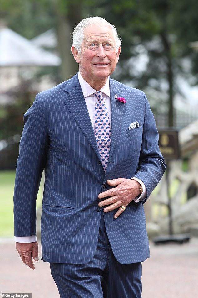 """Prinz Charles, der seit Jahrzehnten ein leidenschaftlicher Umweltaktivist ist, wird laut einer Quelle in der Nähe des Royal """"sehr glücklich"""" sein, über den Klimawandel zu sprechen, wenn das Thema vom Präsidenten angesprochen wird"""