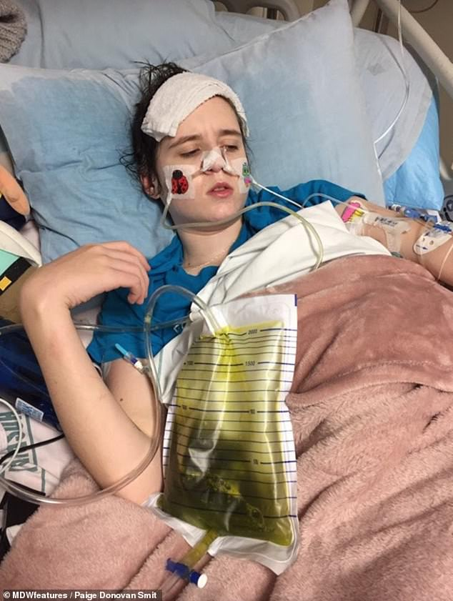 Miss Donovan Smith did not have any signs of EDS until she was 15, when she first started to vomit all of her meals (pictured in hospital)