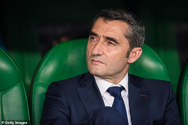 The uncertainty surrounding the future of Chef Ernesto Valverde is holding up the summer in Barcelona