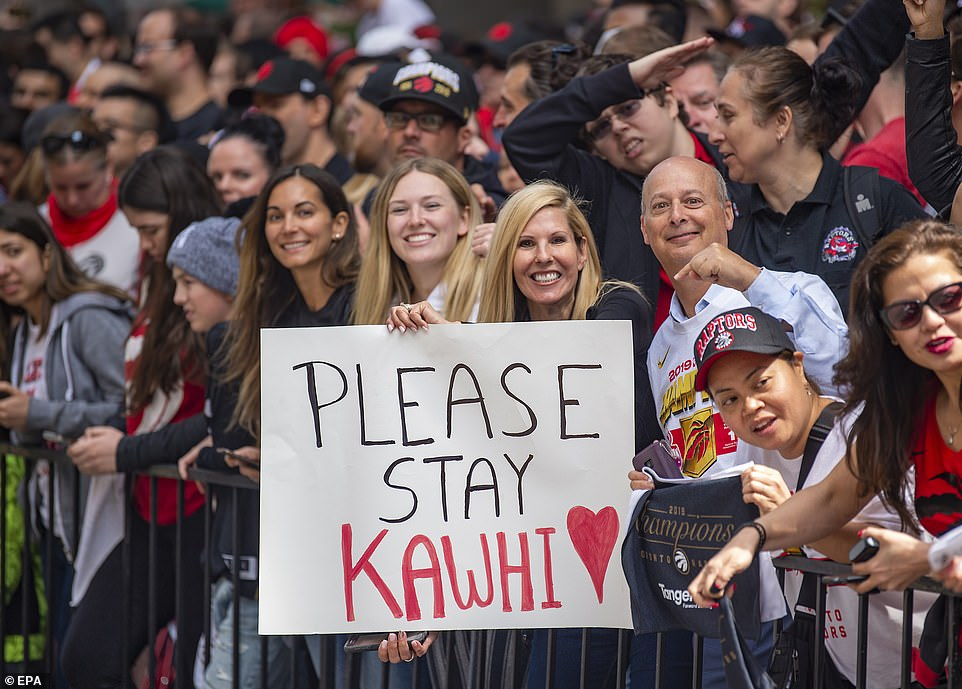 Raptors fans were encouraged Kawhi Leonard to re-sign with the team after winning a title in his first season in Toronto