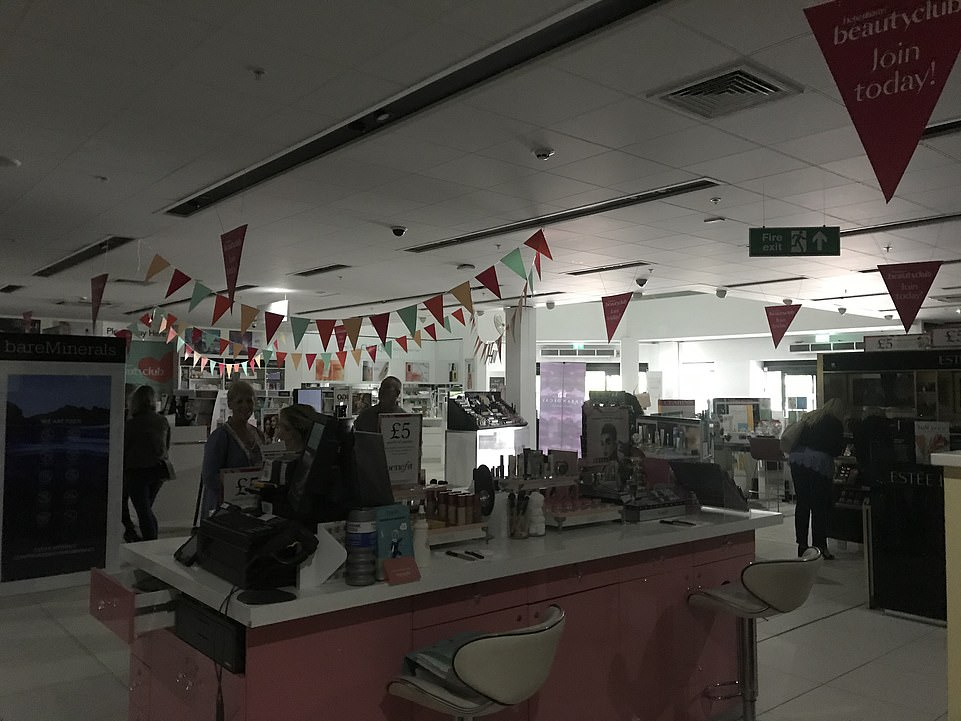 There was darkness at a Debenhams in Cheshire following the power cut on Friday afternoon. The power was off across the entireCheshire Oaks Designer Outlet