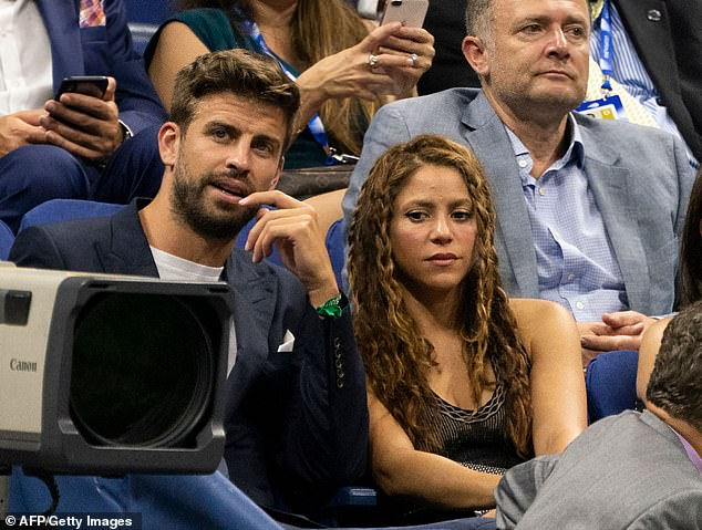 Shakira and Gerard Pique watch the match between Nadal and Schwartzman in New York