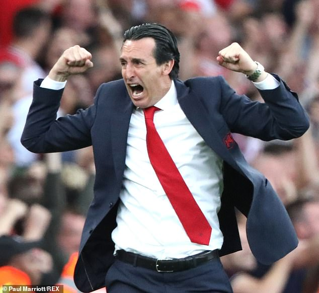 Unai Emery celebrates as Arsenal complete their comeback in the derby against Tottenham