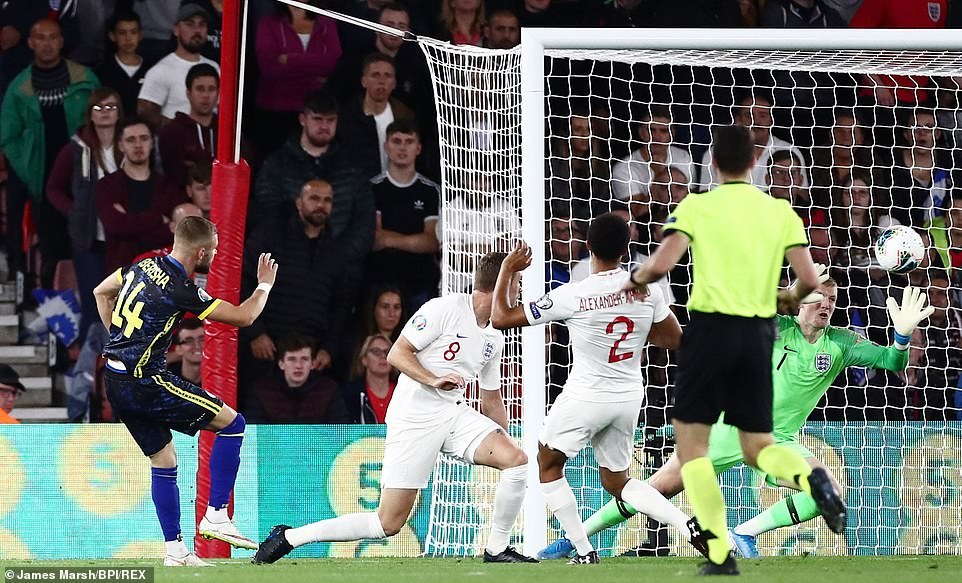 Berisha capitalised upon some slack England defending to reduce the deficit for Kosovo in an entertaining encounter
