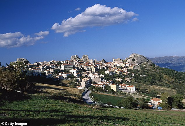 Pietrabbondante, with a total population of just 735, was first inhabited by the Samnites