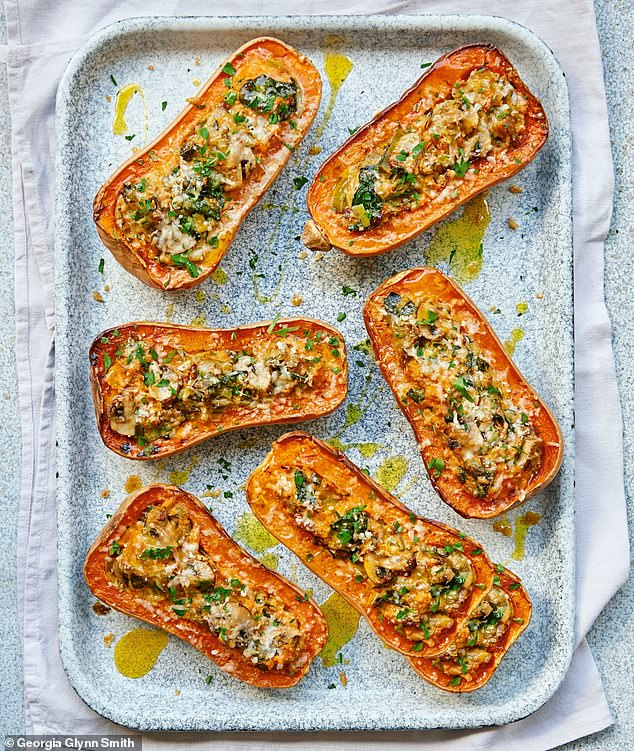 This butternut squash with spinach and mushrooms recipe is ideal for a nutritious lunch