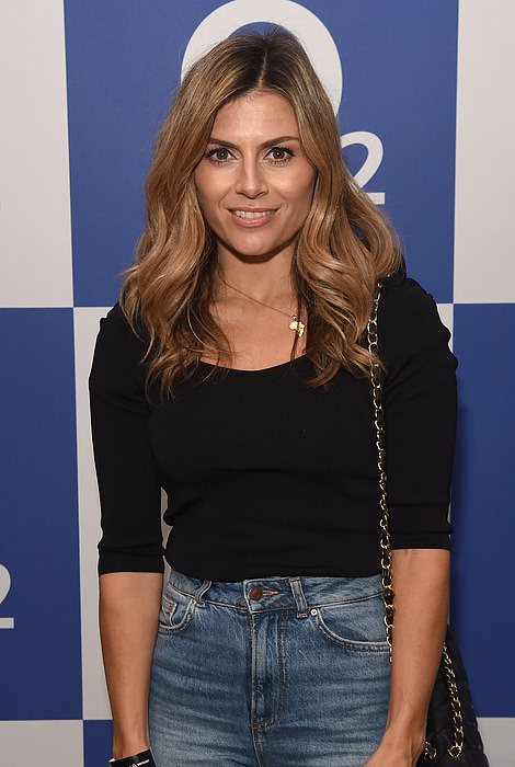 Stylish: Zoe kept her look super simple opting for jeans and a top