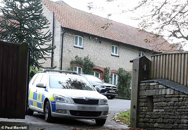The police visited Jamie's and Rebekah Vardy's house after Ms. Vardy was apparently receiving death threats after her quarrel with Wayne Rooney's wife Coleen