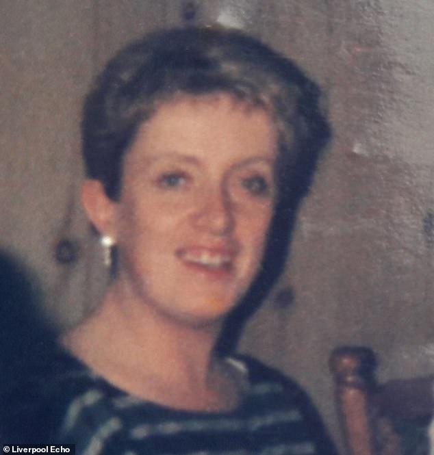 Valerie Wallach