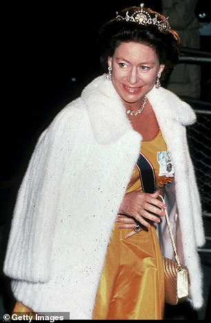 According to Ms Bonham Carter, the Princess then continued: ¿I smoked in a very particular way. Remember the cigarette holder was as much a weapon for expression as it was for smoking'