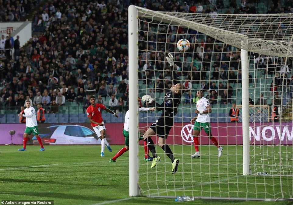 The Manchester United striker cleverly jinked inside and rifled a powerful effort beyond Bulgarian stopper Plamen Iliev