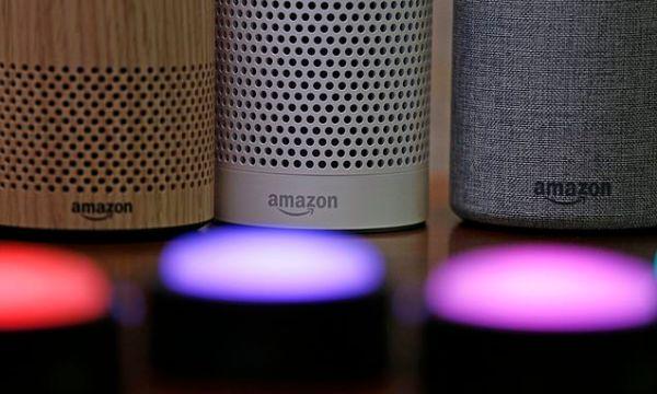 Google chief says people should warn visitors of smart speakers