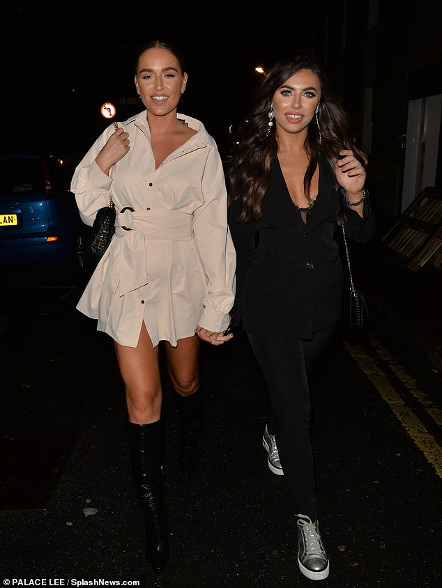 Beauty: Francesca Allen looked incredible once again on Friday night as she enjoyed a meal at Bloomsbury Street Kitchen in London with TOWIE's Chloe Ross, 26 (R-L)