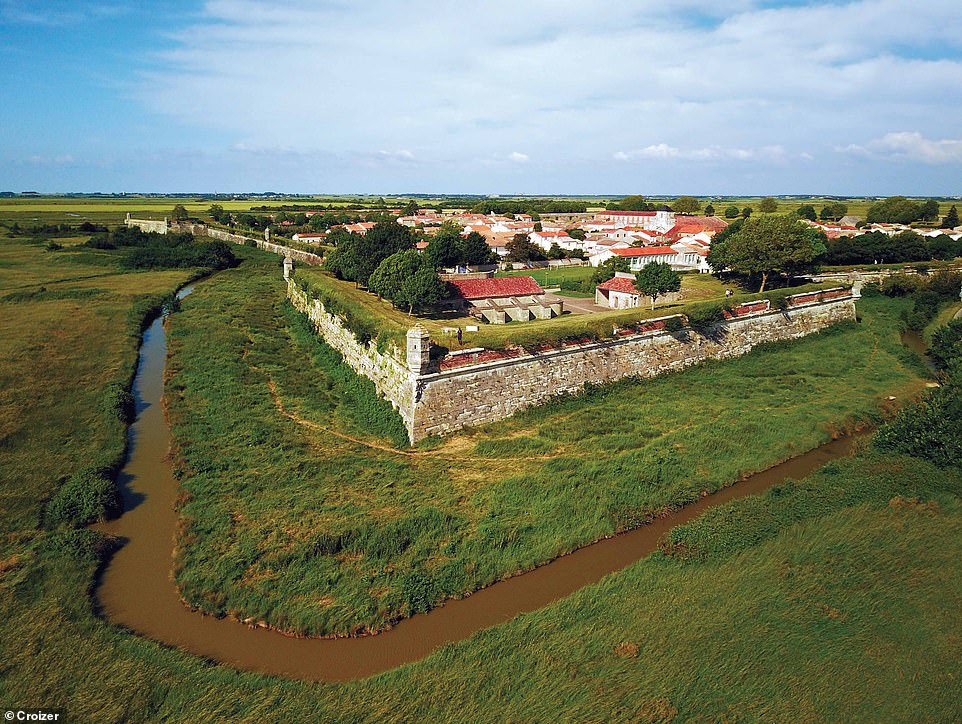 The fortified village of Brouage in south-western France is surrounded by ramparts one-mile long (two kilometres) and 26ft (eight metres) high, reinforced with 19 watchtowers. According to the book, it was the setting for a love affair between King Louis XIV and Marie Mancini