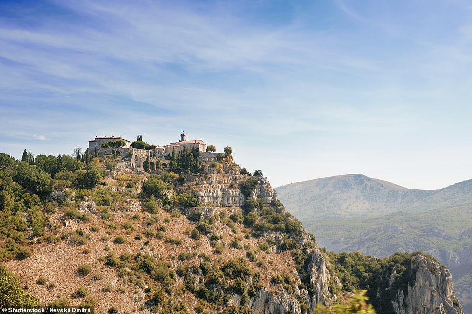 Gourdon, population 396, sits atop a rocky promontory over the Loup valley with views out to the sparkling Mediterranean. Queen Victoria visited in 1891