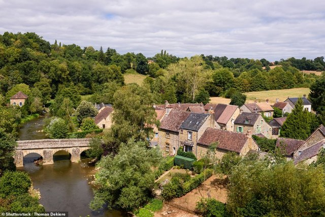 Saint-Ceneri-le-Gerei in north-western France, near Alencon, nestles in a bend in the Sarthe river and is peppered with delightful, ancient dwellings. The book points out that the village 'has charmed many famous painters' including Corot and Boudin