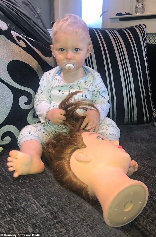 The doll's hair is the same colour and same length as Ilarni's, and she doesn't think he notices it's any different