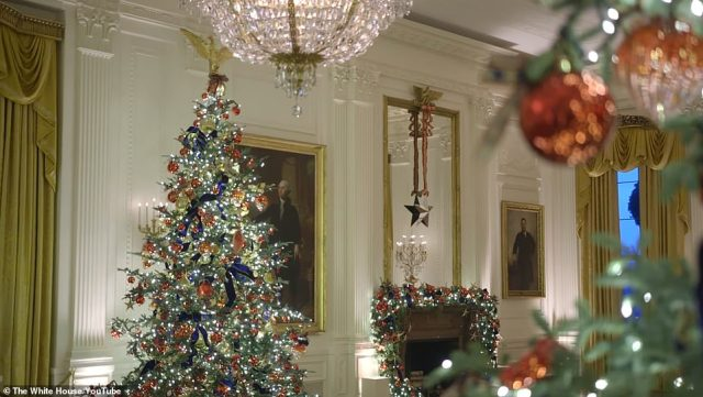 As per other years Melania skipped the traditional press preview of the decorations, and, instead, tweeted a nearly one-minute-long video of herself walking through the rooms, including this one