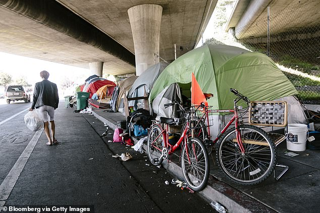 The United States Interagency Council on Homelessness says that as of January 2018, California had an estimated 129,972 residents experiencing homelessness on any given day.