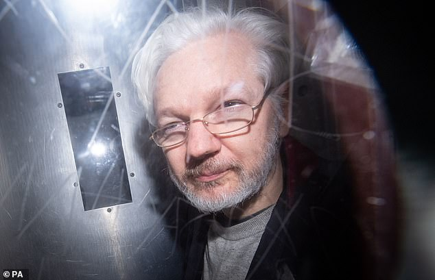 Wikileaks founder Julian Assange leaves Westminster Magistrates' Court on January 13