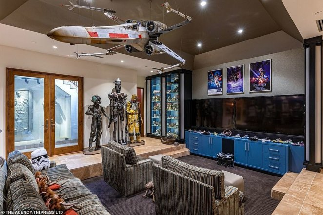 The various Star Wars-themed figures dotted throughout the house are primarily custom-built replicas, not props that appeared on screen. The unnamed home owner believes the props do not have the same high-quality finish like the replicas he owns