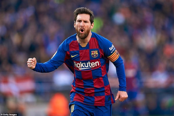 Barcelona 5-0 Eibar: Messi scores four as Braithwaite makes debut