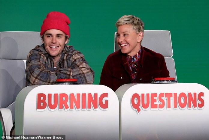 Preguntas candentes: Justin Bieber hizo una aparición sorpresa en Ellen el martes, respondiendo algunas de las 'Preguntas Ardientes' del anfitrión.