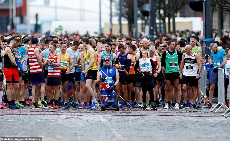 Earlier today crowds gathered at the Half Marathon start line in Liverpool, no runners appear to be wearing protective masks