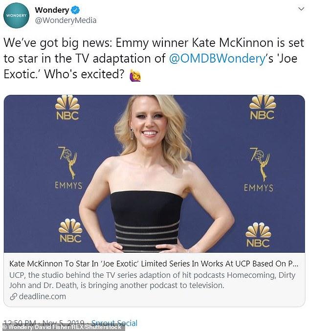 В работах! Кэрол возлагает большие надежды на грядущую адаптацию UCP для маленького экрана «Честного и справедливого» подкаста Роберта Мура «Над моим мертвым телом», который будет продюсировать звездная смешная героиня SNL Кейт МакКиннон в роли Баскина