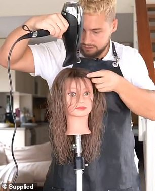 Bouncy blow outs can be achieve with a basic hairdryer and a large, round brush to enhance volume and texture