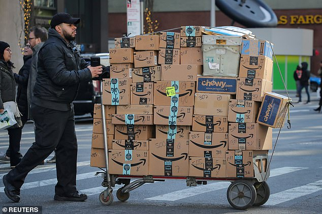 Torres explained that people who are still receiving packages (Amazon delivery person in New York City) should throw away the outside package immediately and then wash your hands