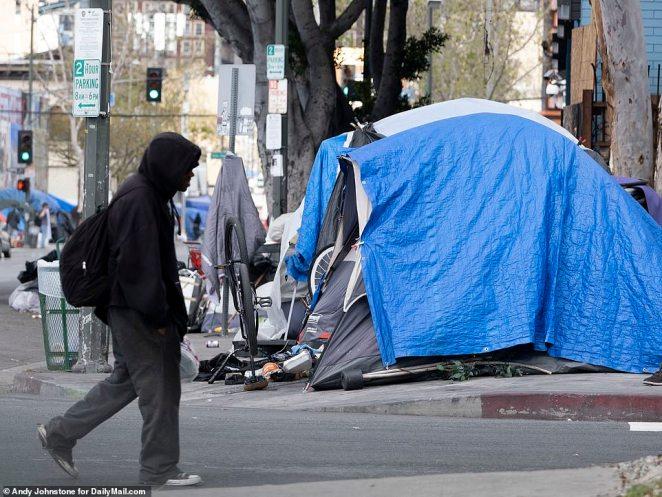 According to a report released last year by the Los Angeles County Department of Public Health, heart disease is the third biggest cause of death among the homeless