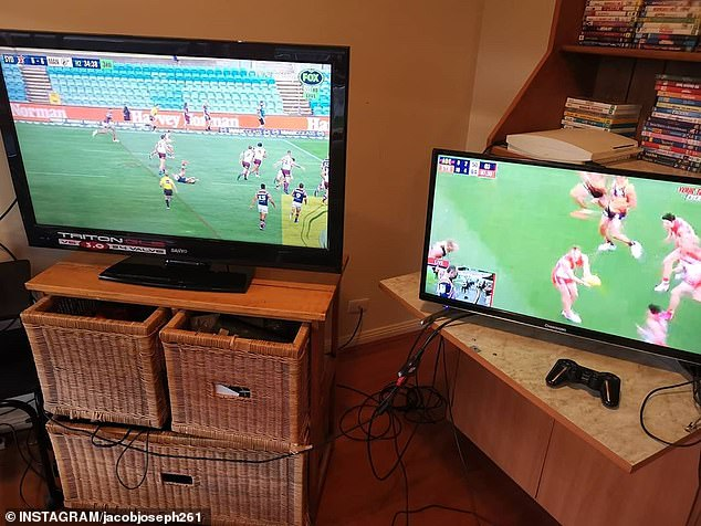Angry Foxtel customers are claiming they aren't being allowed to cancel their sport subscriptions despite there being no live games due to the coronavirus outbreak