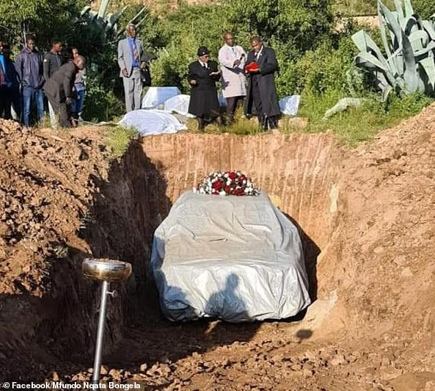 Last rites paid here to the traditional leader Tshekede Pitso, who has five surviving children