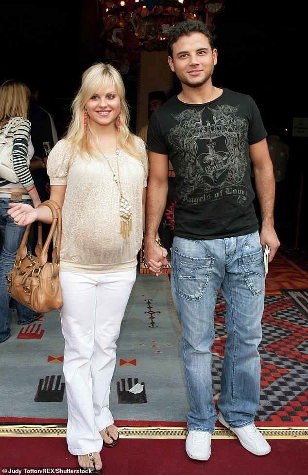 The Ex Files: Ryan was in a relationship with his colleague Tina O'Brien from 2003 to 2009 (Tina photographed pregnant with Scarlett in 2008)