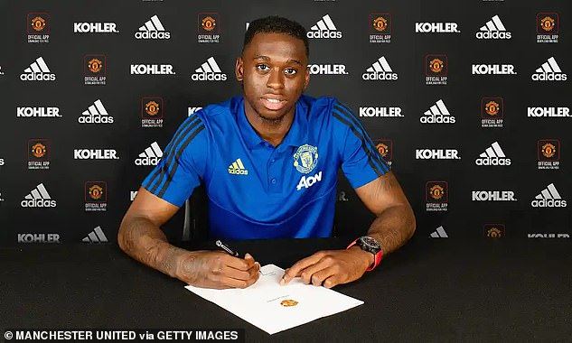 Crystal Palace received an initial payment for the sale of Aaron Wan-Bissaka this summer