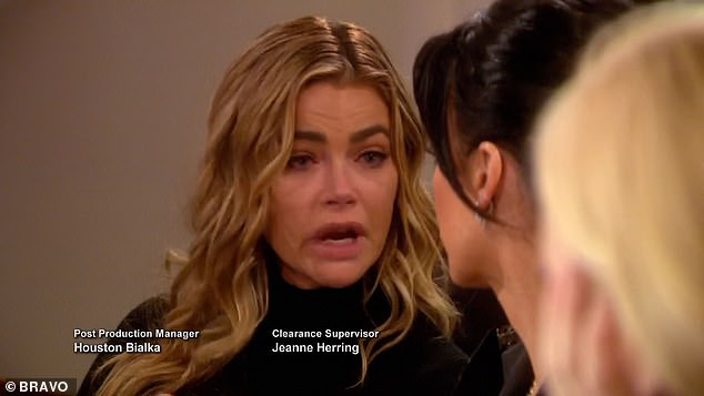 En larmes: Richards a été montré alors qu'elle arrêtait de filmer sur The Real Housewives Of Beverly Hills à propos de sa liaison avec Glanville faisant surface lors des débuts de la saison de mercredi