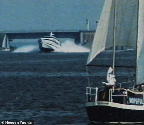 Heesen agreed to a legally binding penalty clause in the contract that if Octopussy did not reach 48 knots (55mph) at launch, Staluppi would not have to take the boat or pay for the cost