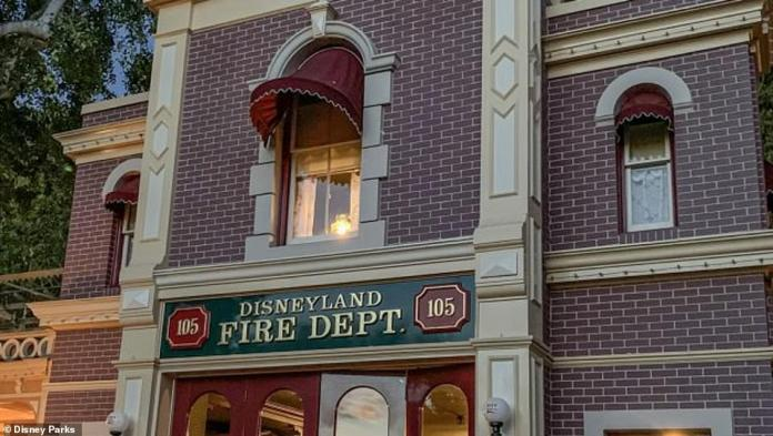 At Disneyland Park in California, the Victorian-style lamp that shines from Walt Disney's apartment every night continues to shine