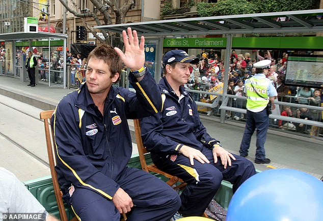 West Coast Captain Ben Cousins (left) with Coach John Worsfold during today's Grand Final Parade in Melbourne in 2005